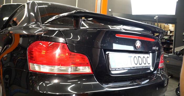 Byt 1 Coupe (E82) 125i 3.0 2011 Stötdämpare – gör det själv med verkstadsmanual