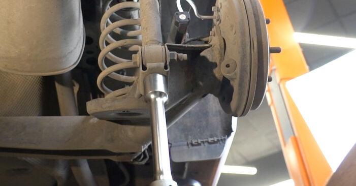 Stoßdämpfer Ihres Ford Fiesta Mk6 1.4 TDCi 2016 selbst Wechsel - Gratis Tutorial