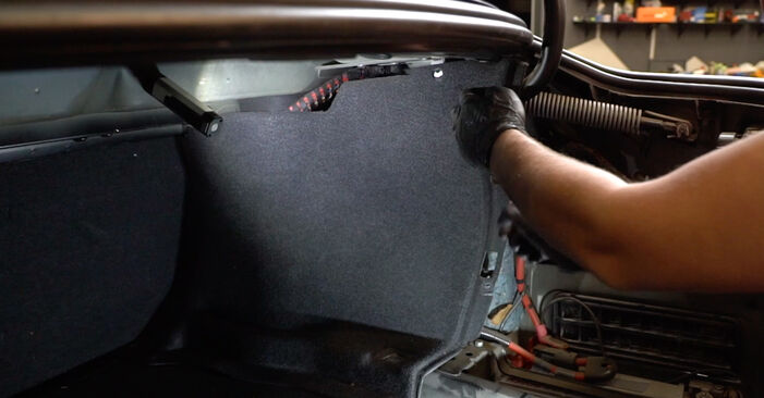 Priporočila korakov za DIY zamenjavo BMW E60 2004 525d 3.0 Blazilnik