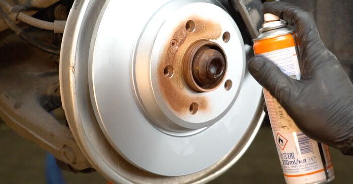 Stoßdämpfer beim AUDI A4 2.7 TDI 2014 selber erneuern - DIY-Manual