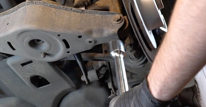 Step-by-step recommendations for DIY replacement Audi A3 8pa 2006 1.6 Shock Absorber
