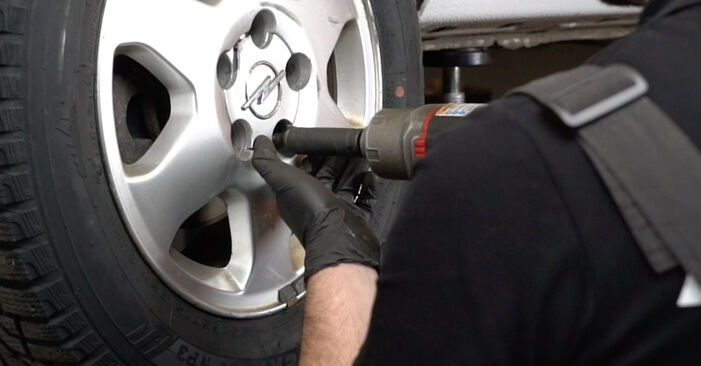 Changing Shock Absorber on OPEL Zafira A (T98) 1.6 16V (F75) 2002 by yourself