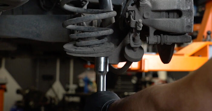 How hard is it to do yourself: Shock Absorber replacement on Opel Zafira f75 2.0 OPC (F75) 2005 - download illustrated guide