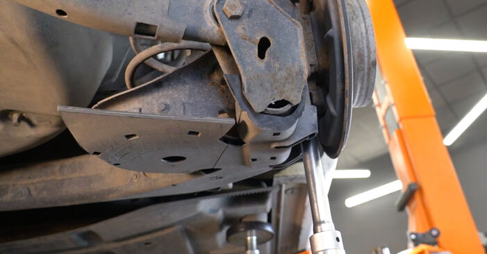 How to change Shock Absorber on MERCEDES-BENZ B-Class (W245) 2007 - tips and tricks