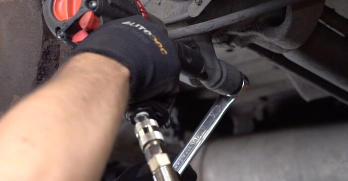 Need to know how to renew Shock Absorber on CITROËN XSARA ? This free workshop manual will help you to do it yourself