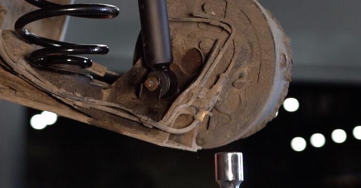 Substituindo Amortecedor em Opel Corsa C 2000 1.2 (F08, F68) por si mesmo