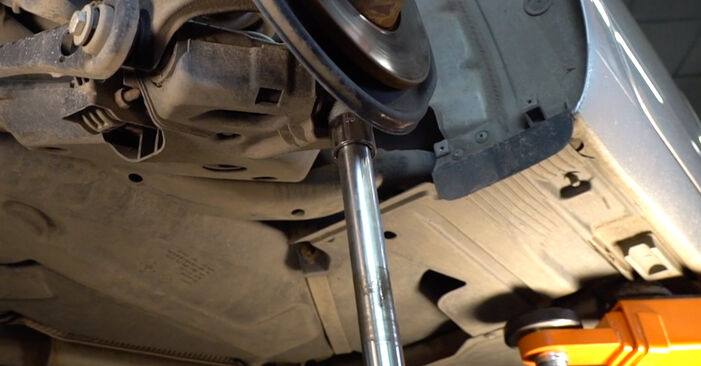 AUDI A6 2.4 Shock Absorber replacement: online guides and video tutorials
