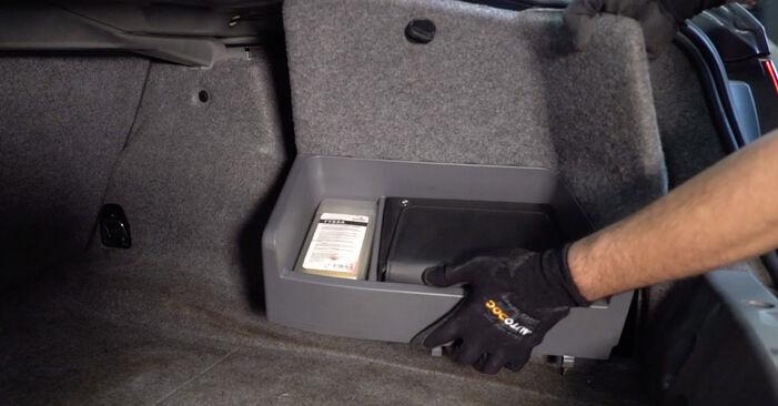 Смяна на BMW E92 320d 2.0 2006 Амортисьор: безплатни наръчници за ремонт
