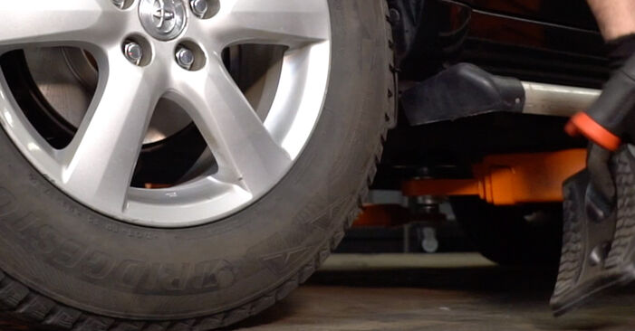 How to change Shock Absorber on Toyota RAV4 III 2005 - free PDF and video manuals