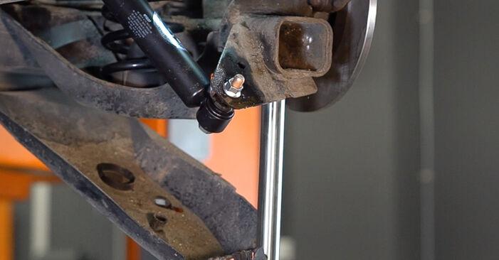 Stoßdämpfer Renault Scenic 2 1.6 2005 wechseln: Kostenlose Reparaturhandbücher