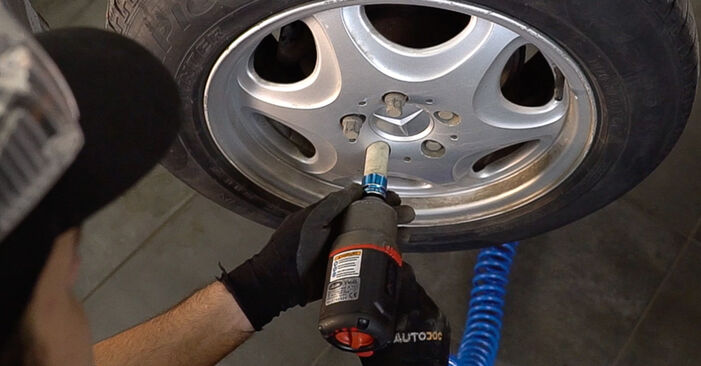 Replacing Shock Absorber on Mercedes W638 Minibus 1998 112 CDI 2.2 (638.194) by yourself