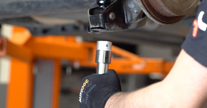 How to change Shock Absorber on SKODA Fabia I Combi (6Y5) 2001 - tips and tricks