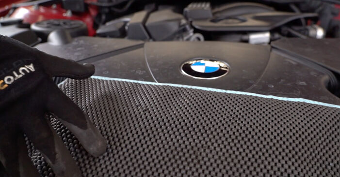 Patstāvīga BMW 3 Cabrio (E46) 318Ci 2.0 2001 Salona filtrs nomaiņa