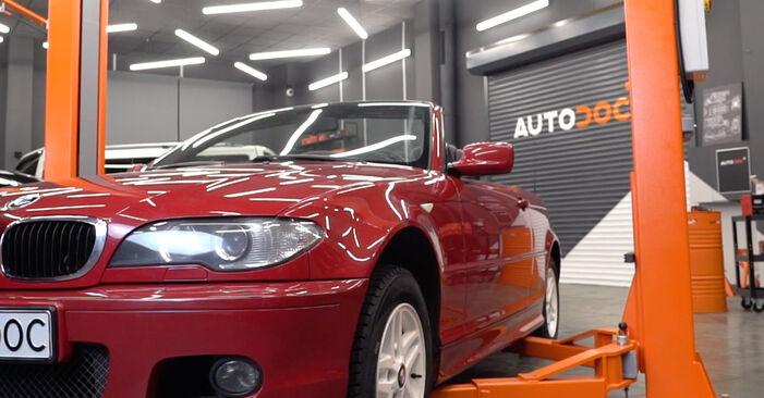 Kā noņemt BMW 3 SERIES 323Ci 2.5 2002 Salona filtrs - viegli izpildāmas tiešsaistes instrukcijas