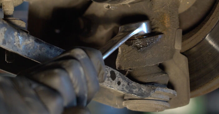 PEUGEOT 107 1.0 Anti Roll Bar Links replacement: online guides and video tutorials