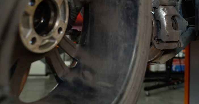 How to remove PEUGEOT 107 1.0 2009 Anti Roll Bar Links - online easy-to-follow instructions