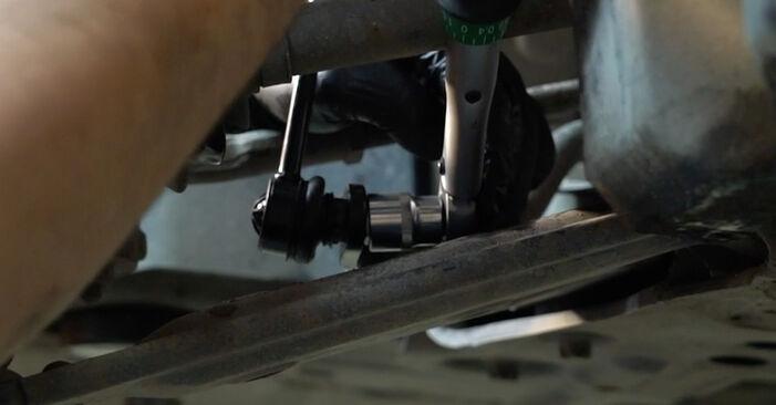 Come cambiare Biellette Barra Stabilizzatrice su FIAT GRANDE PUNTO (199) 2020 - suggerimenti e consigli