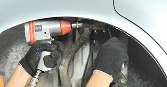 Tausch Tutorial Federn am AUDI A4 Limousine (8D2, B5) 1998 wechselt - Tipps und Tricks
