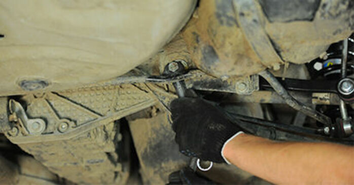 Remplacer Bras de Suspension sur Audi A4 B5 Berline 1996 1.6 par vous-même