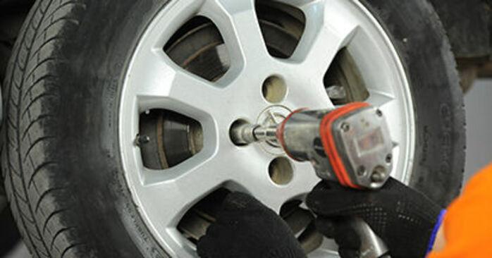 Come cambiare Pastiglie Freno su Opel Astra g f48 1998 - manuali PDF e video gratuiti