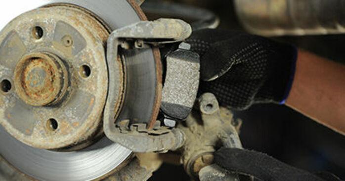 Bremsbeläge Ihres Opel Astra g f48 1.6 16V (F08, F48) 2006 selbst Wechsel - Gratis Tutorial