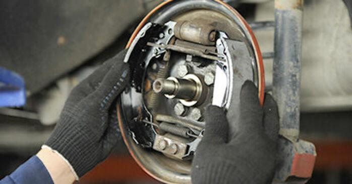 Bremsbacken Ihres VW Lupo 6x1 1.2 TDI 3L 1998 selbst Wechsel - Gratis Tutorial