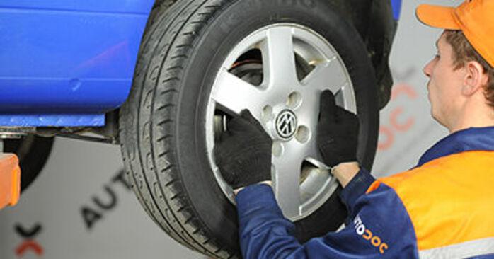 Wie Bremsbacken VW Lupo (6X1, 6E1) 1.0 1999 austauschen - Schrittweise Handbücher und Videoanleitungen