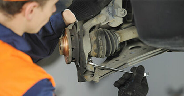Changing of Wheel Bearing on VW Lupo 6x1 1998 won't be an issue if you follow this illustrated step-by-step guide