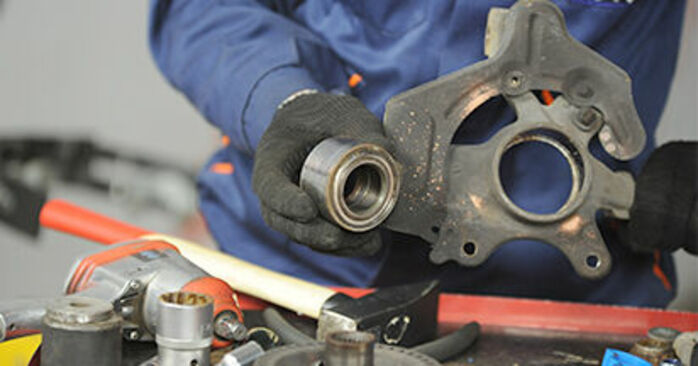Come sostituire Cuscinetto Ruota su VW Lupo (6X1, 6E1) 2003: scarica manuali PDF e istruzioni video