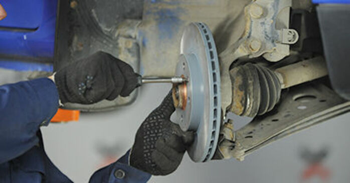 Hvordan man udskifter Hjulleje på VW Lupo (6X1, 6E1) 2003: hent PDF manualer og video instruktioner