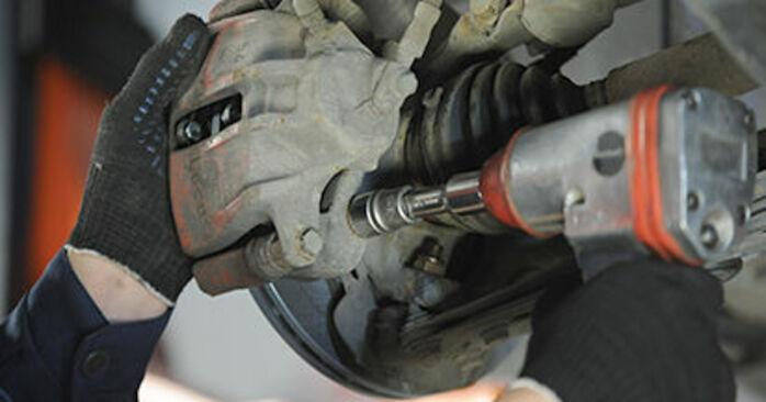 VW LUPO 2005 Hjulleje trin-for-trin udskiftnings manual