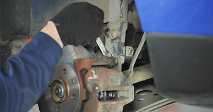Come rimuovere VW LUPO 1.4 TDI 2002 Supporto Ammortizzatore - istruzioni online facili da seguire