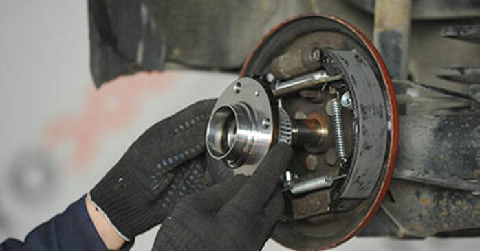 VW LUPO 2005 Moyeu De Roue manuel de remplacement étape par étape