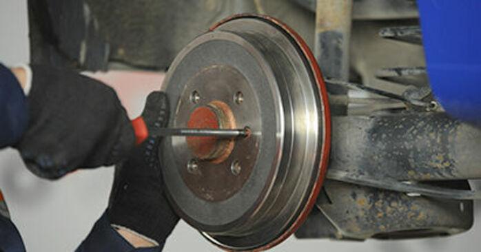 Radnabe VW Lupo 6x1 1.4 2000 wechseln: Kostenlose Reparaturhandbücher