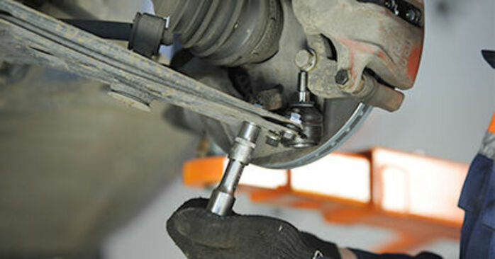 VW LUPO 1.0 Traggelenk ausbauen: Anweisungen und Video-Tutorials online