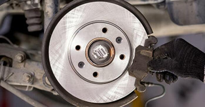 Bremsscheiben am CITROËN C3 I Schrägheck (FC_, FN_) 1.6 16V HDi 2007 wechseln – Laden Sie sich PDF-Handbücher und Videoanleitungen herunter