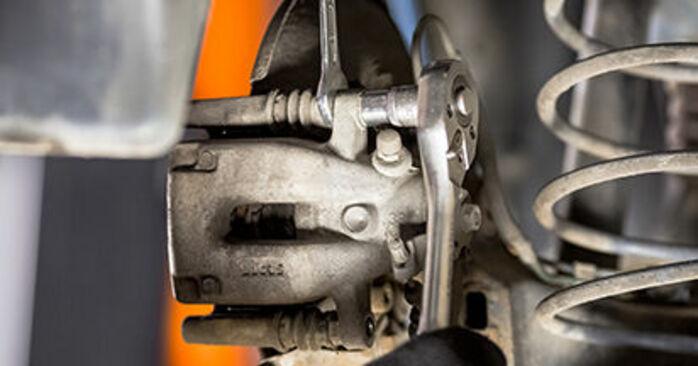 Wechseln Bremsscheiben am CITROËN C3 I Schrägheck (FC_, FN_) 1.6 16V 2005 selber
