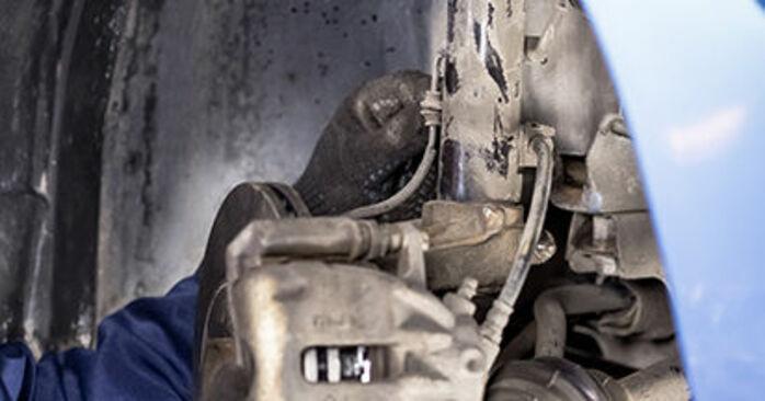 C3 I Hatchback (FC_, FN_) 1.4 16V HDi 2013 Strut Mount DIY replacement workshop manual