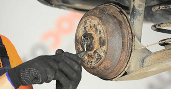 Wechseln Radlager am OPEL Corsa B Schrägheck (S93) 1.2 i (X 12 SZ, C 12 NZ) 1996 selber