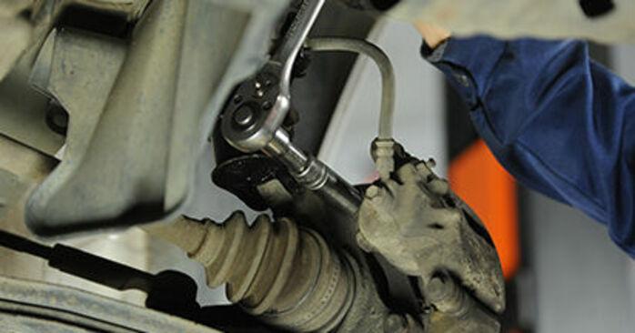 Cambio Discos de Freno en Nissan Micra k11 2000 no será un problema si sigue esta guía ilustrada paso a paso