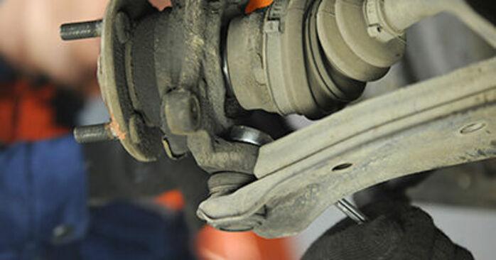 Πόσο διαρκεί η αντικατάσταση: Ρουλεμάν τροχών στο Nissan Micra k11 2000 - ενημερωτικό εγχειρίδιο PDF