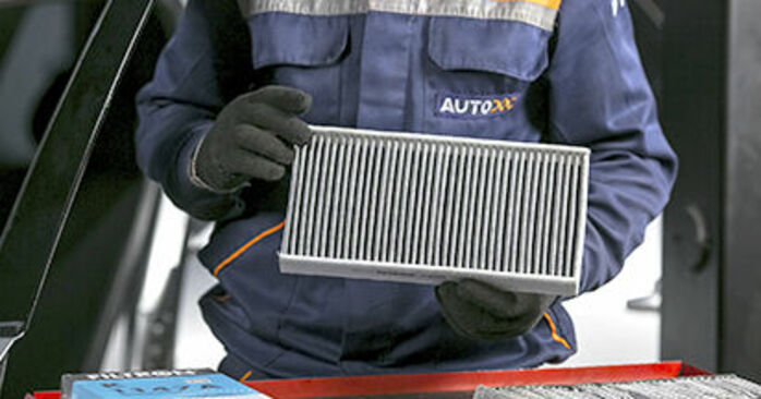 Need to know how to renew Pollen Filter on PEUGEOT 407 ? This free workshop manual will help you to do it yourself