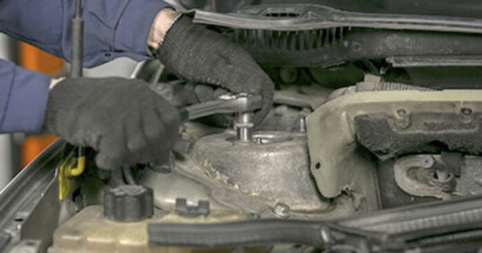 Changing of Springs on Peugeot 407 Saloon 2004 won't be an issue if you follow this illustrated step-by-step guide