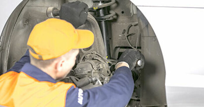 Replacing Springs on Peugeot 407 Saloon 2006 2.0 HDi 135 by yourself