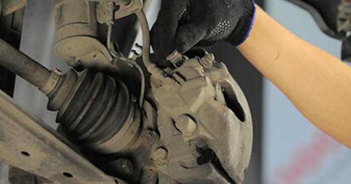 Αλλάζοντας Τακάκια Φρένων σε OPEL Astra H Hatchback (A04) 1.3 CDTI (L48) 2007 μόνοι σας