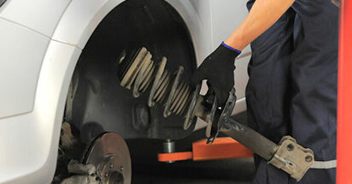 Trin-for-trin anbefalinger for gør-det-selv udskiftning på Opel Astra h l48 2006 1.9 CDTI (L48) Tårnleje