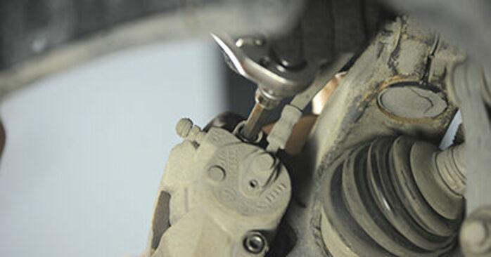 Radlager am SKODA OCTAVIA (1U2) 1.4 16V 2001 wechseln – Laden Sie sich PDF-Handbücher und Videoanleitungen herunter