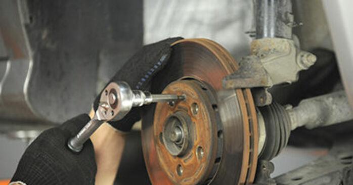 Wie schwer ist es, selbst zu reparieren: Radlager Skoda Octavia 1u 1.9 TDI 2002 Tausch - Downloaden Sie sich illustrierte Anleitungen