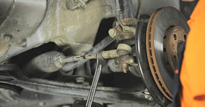 Spurstangenkopf Skoda Octavia 1u RS 1.8 T 1998 wechseln: Kostenlose Reparaturhandbücher