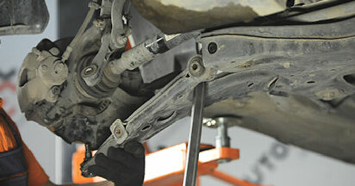 How hard is it to do yourself: Control Arm replacement on Skoda Octavia 1u 1.9 TDI 2002 - download illustrated guide